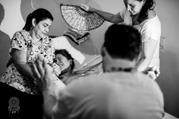 Nascimento do Miguel   Parto Normal Humanizado na Água Hospitalar